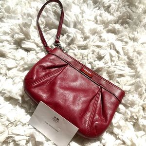 Coach Beautiful red leather clutch/wristlet